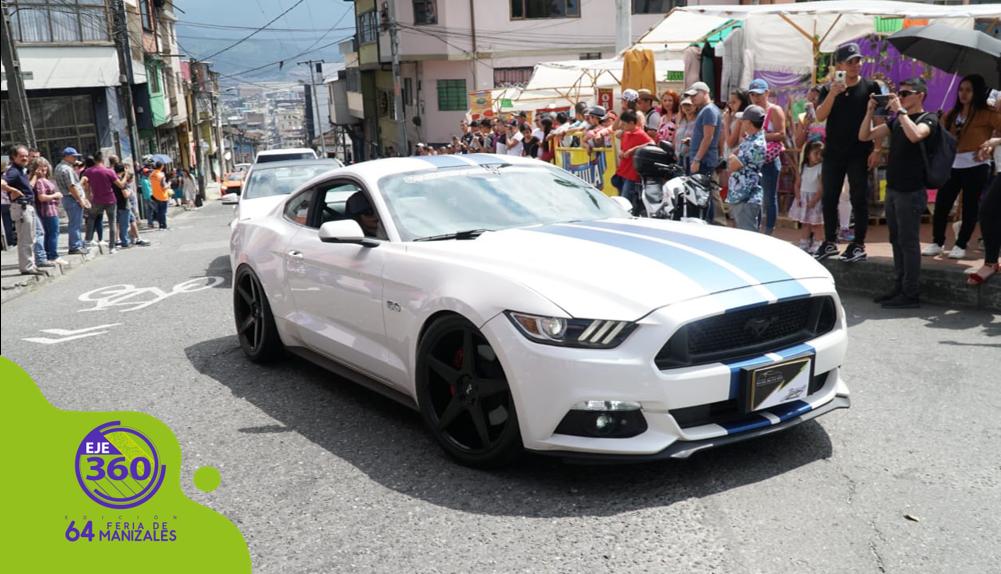 esfile carros alta gama /Foto: Nicolás Orozco